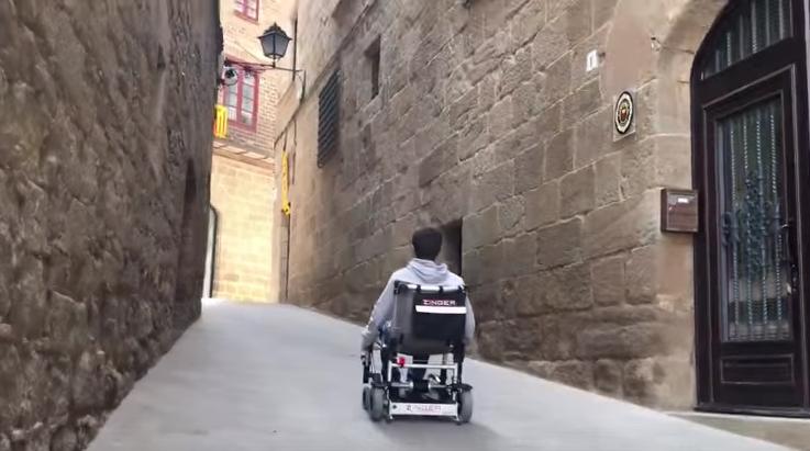 Viajar con la silla de ruedas electrica Zinger es muy práctico
