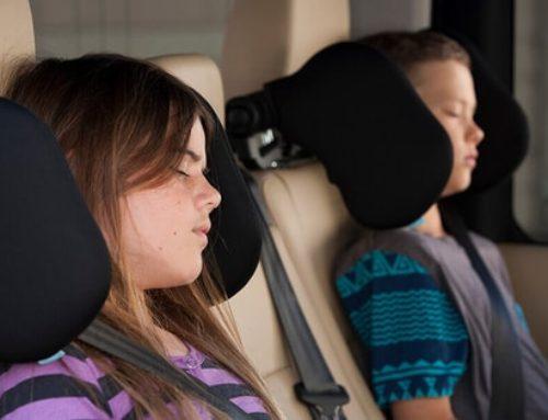 El reposacabezas para que tus hijos viajen en coche más cómodos y seguros
